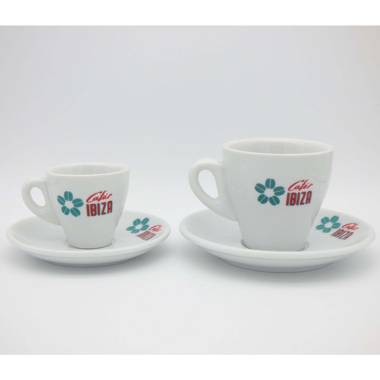 Größenvergleich Espresso- und Milchkaffee-Tasse